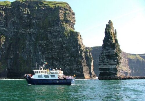 Paseo en barco por los Acantilados de Moher, Irlanda 1