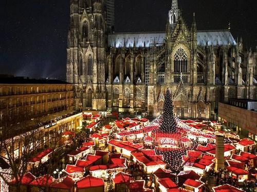 Mercadillo navideño en Colonia