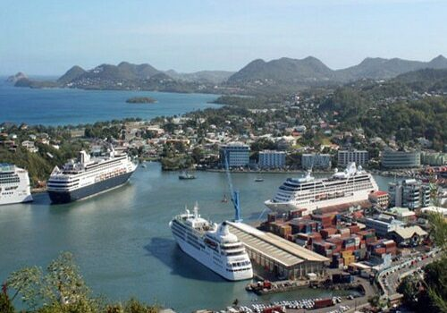 Castries, capital de Santa Lucía en el Caribe 1